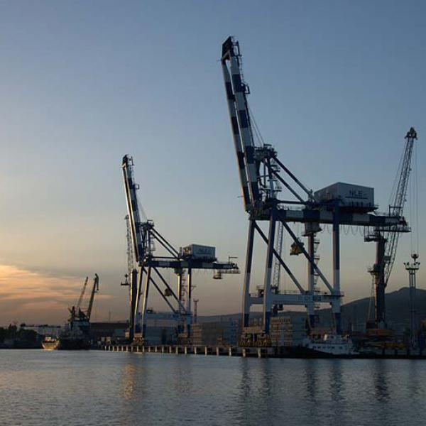SABIK lightens up Russian ports